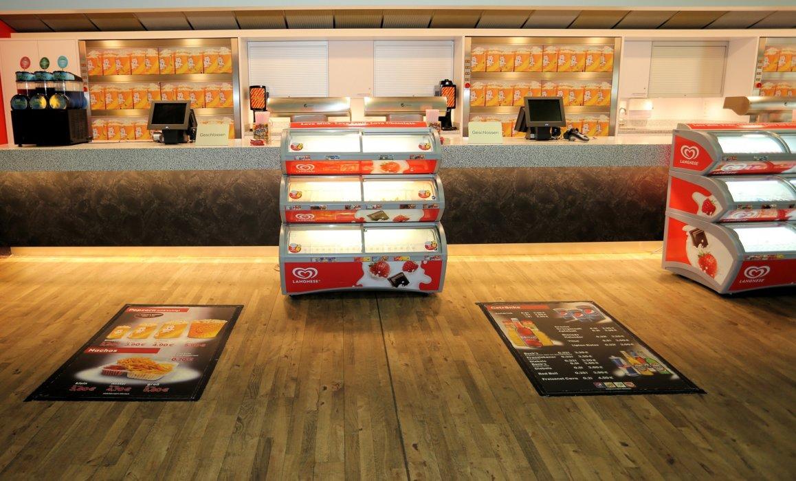 Floorminder Kino Werbung Bodenwerbung