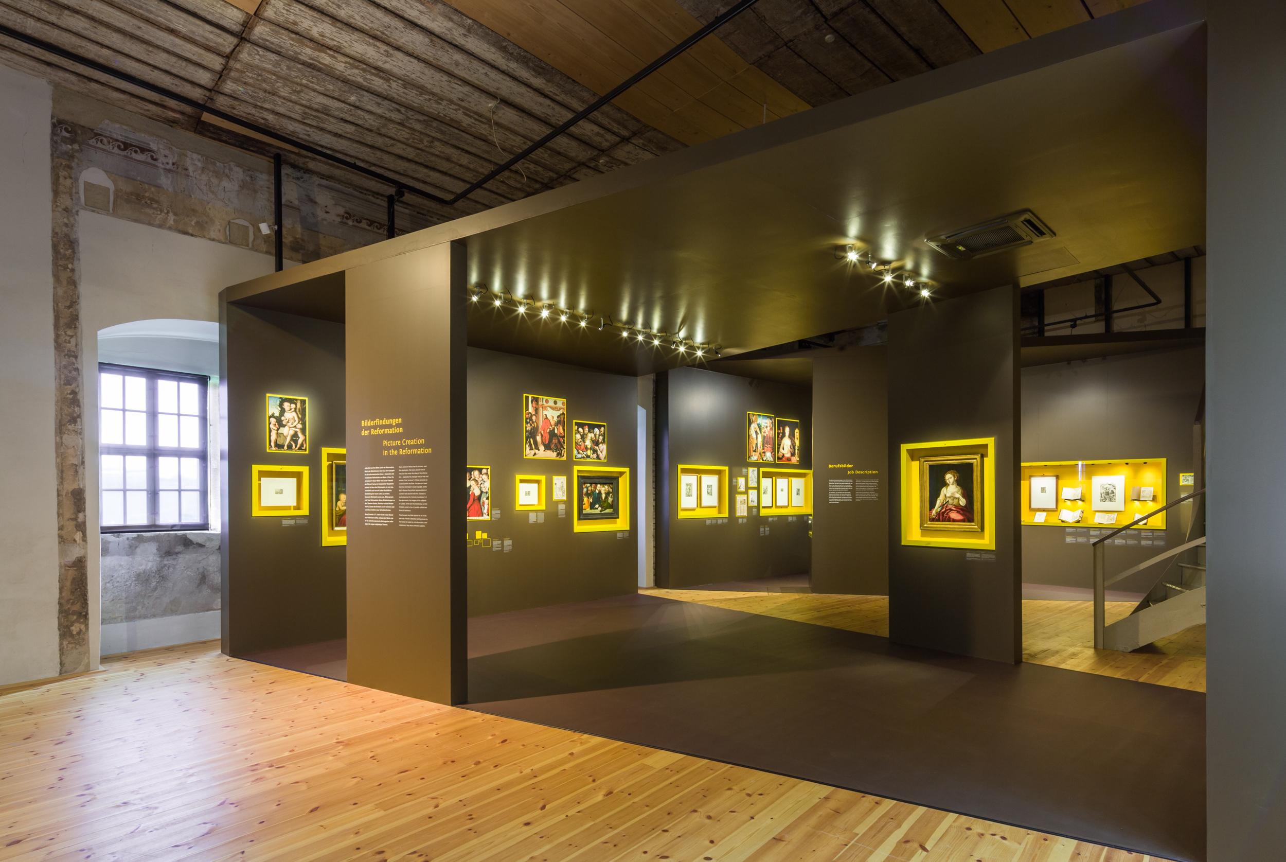 Uniboden Patone Designfußboden Museumsboden