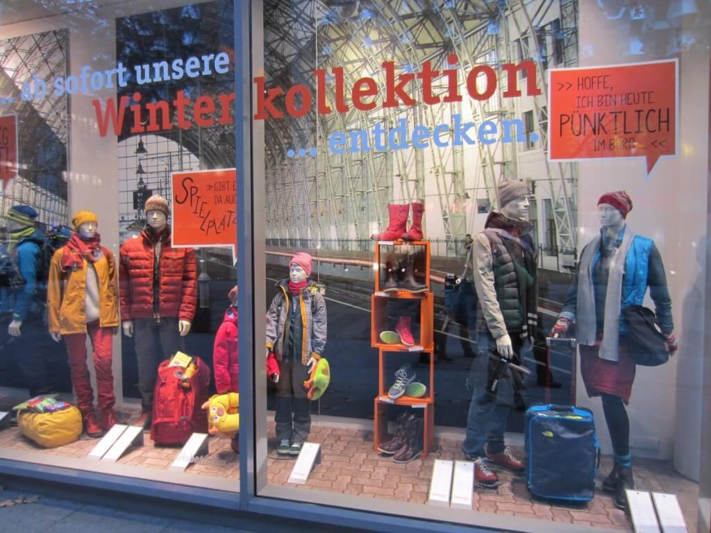 Winterkollektion Richtig Präsentieren – Der Optimale Schaufensterboden