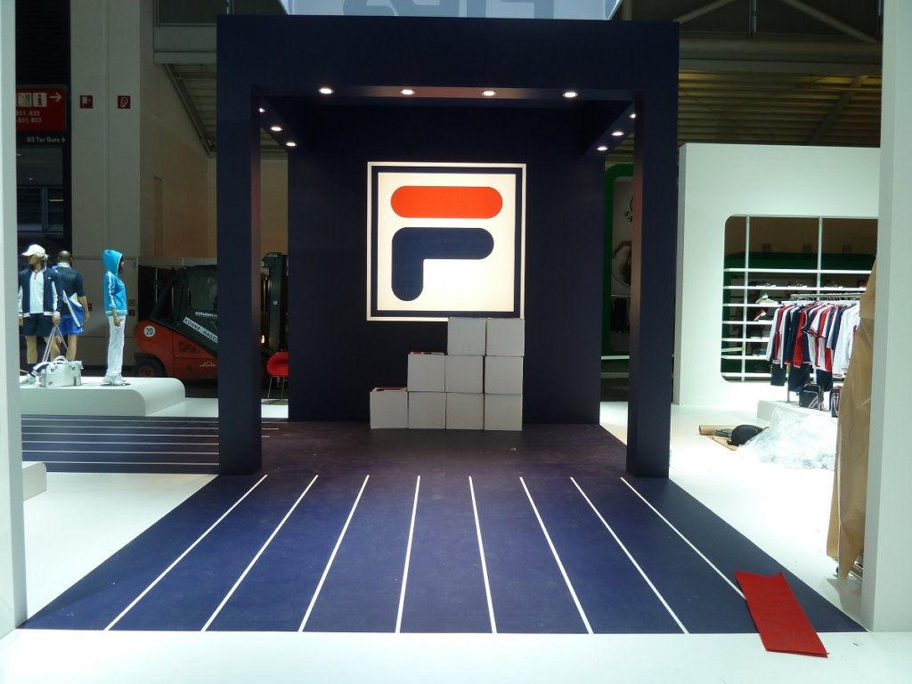 FILA Messestand Messeboden Messedesign