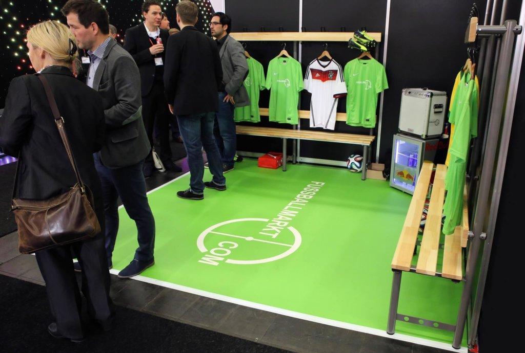 Fussballboden Messeboden PVC