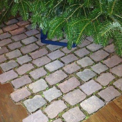 Weihnachtsbaumunterlage Altstadtpflaster Düsseldorf