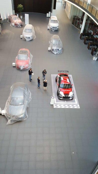 FOTOBODEN™ Audi Ausstellungsdesign