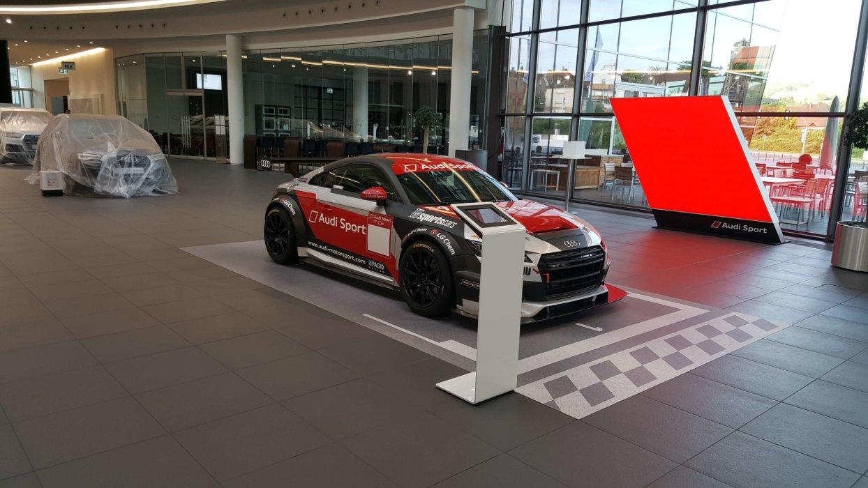 Audi Präsentation Mit Fotoboden