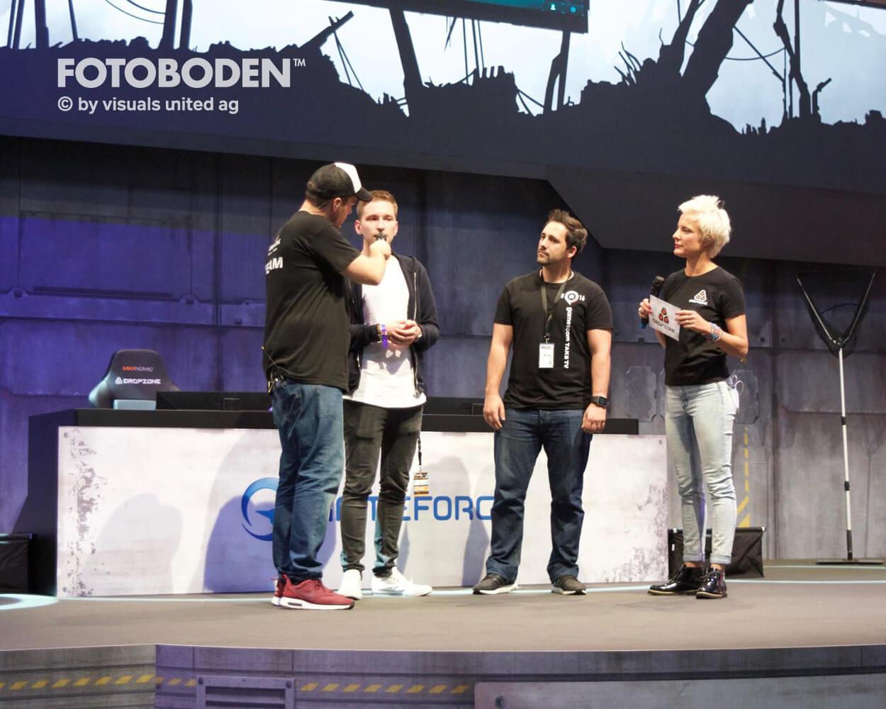 Gameforge Dropzone Stage Fotoboden