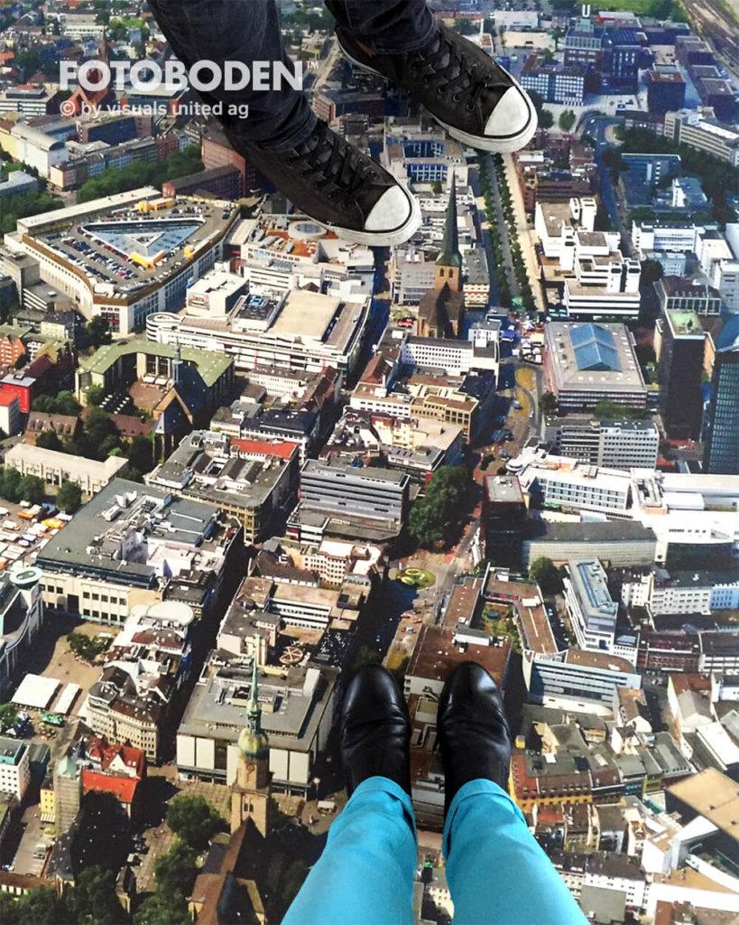 Die Stadt Zu Ihren Füßen