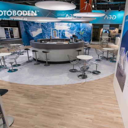 FOTOBODEN™ Messeboden Designfußboden Gastronomie