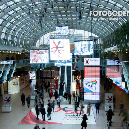 FOTOBODEN™ Bodenwerbung Einkaufszentrum
