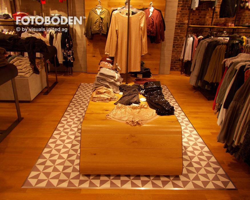 Pc Ladenbau Ladengestaltung Fußboden