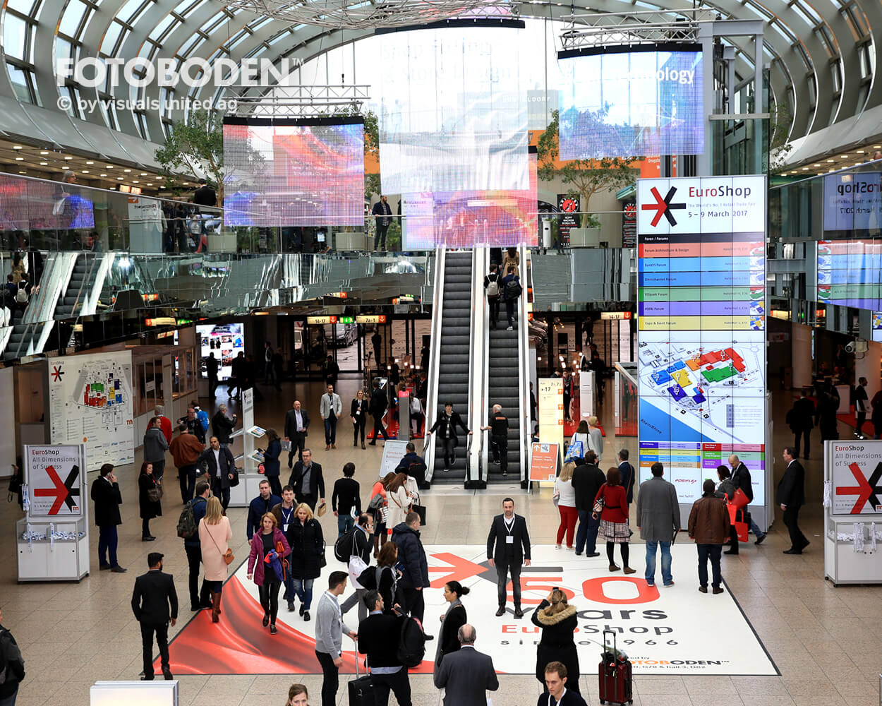Fotoboden individueller Fußboden Besucherführung