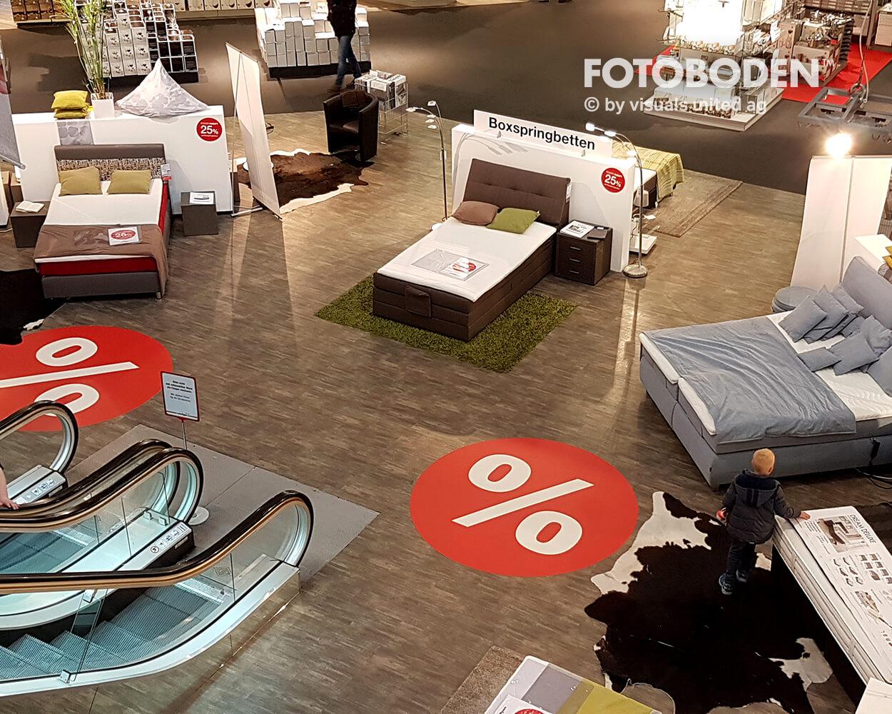 Fotoboden Teppich bedrucken Bodendisplay Kundenstopper