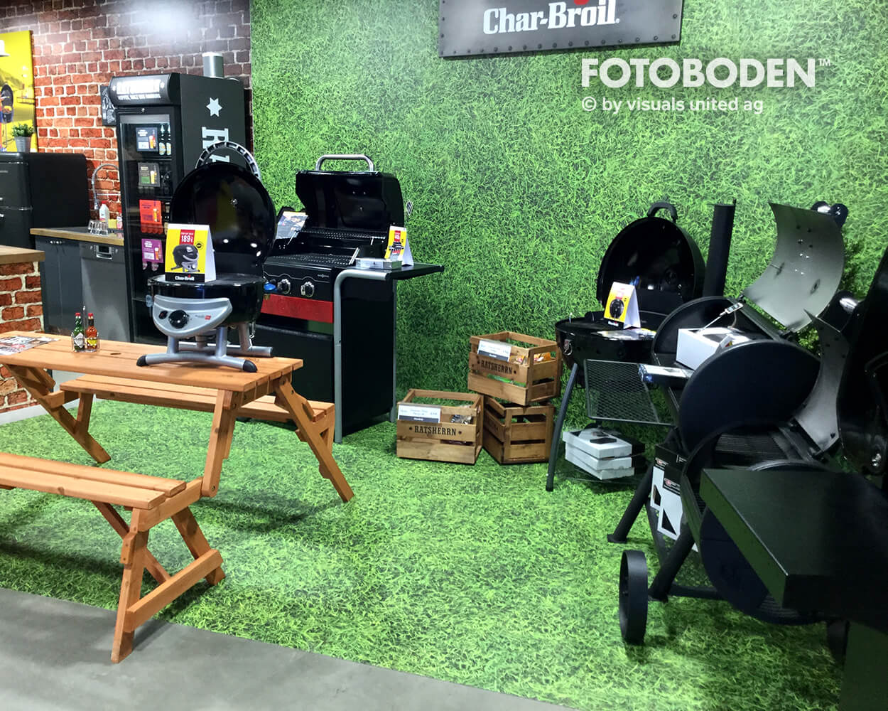 Char Broil Pop Up Fotoboden Flooring Fußboden Bodengestaltung Floorminder Bodendruck Werbung Fußbodenwerbung Bodenwerbung Merchandising Advertising Visualmerchandising  9