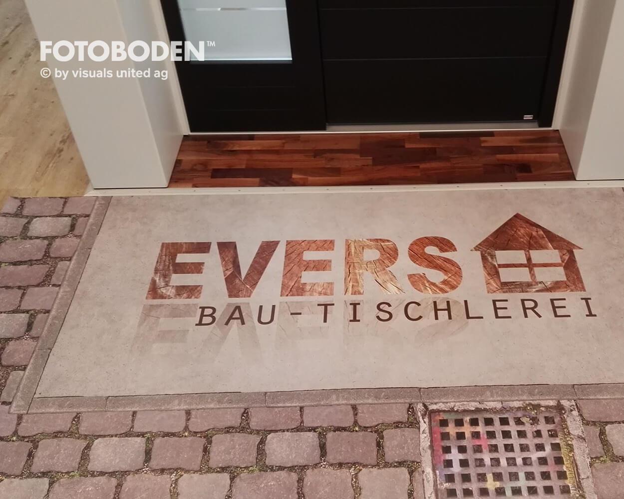 Evers2 Fotoboden Flooring Fußboden Bodengestaltung Floorminder Bodendruck Werbung Fußbodenwerbung Bodenwerbung Merchandising Advertising Visualmerchandising