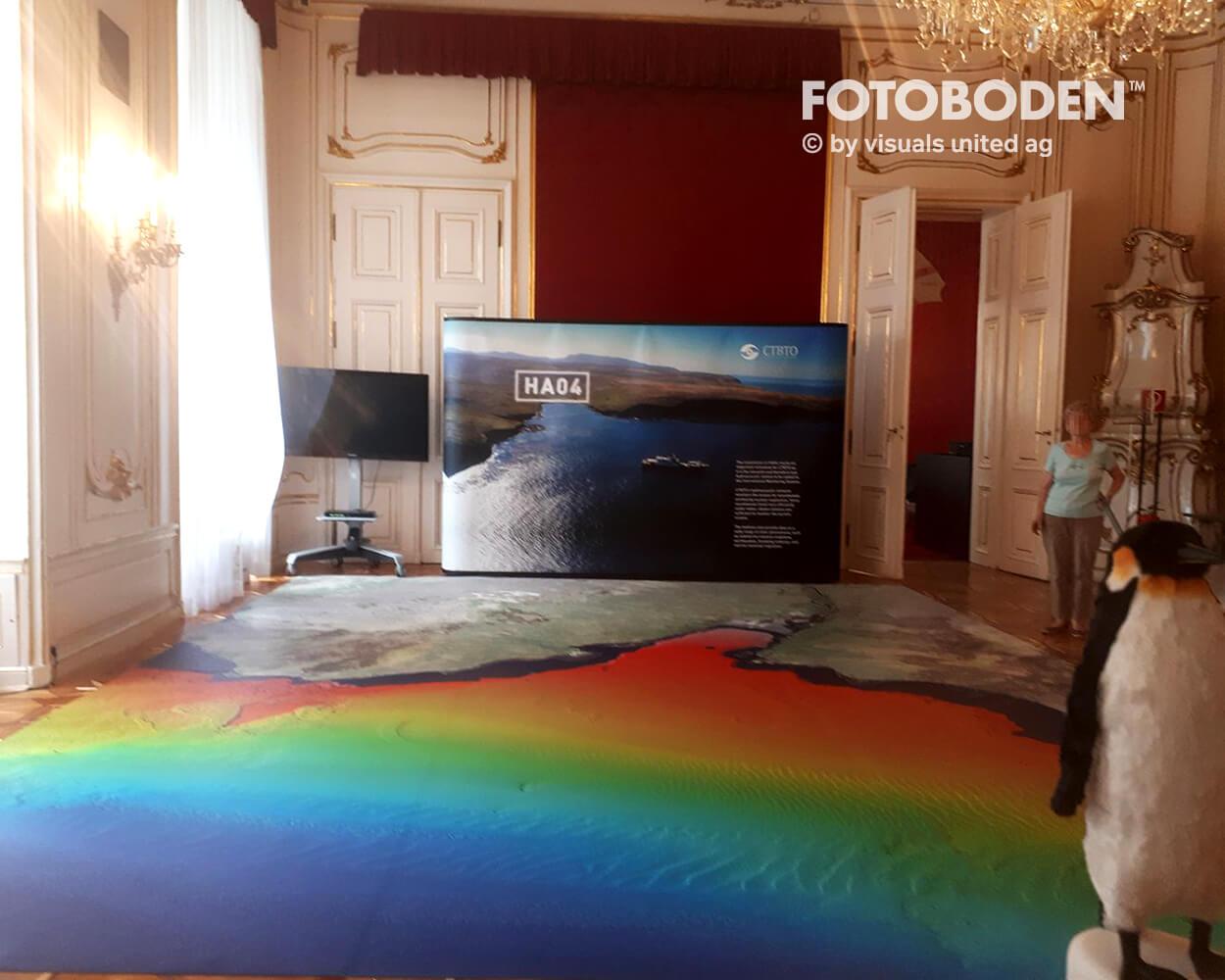 CTBTO1 Ausstellung Museum  Raumkonzept Stimmung Museumsboden Ausstellungsboden Fotoboden Vinylboden Flooring Individuell Event