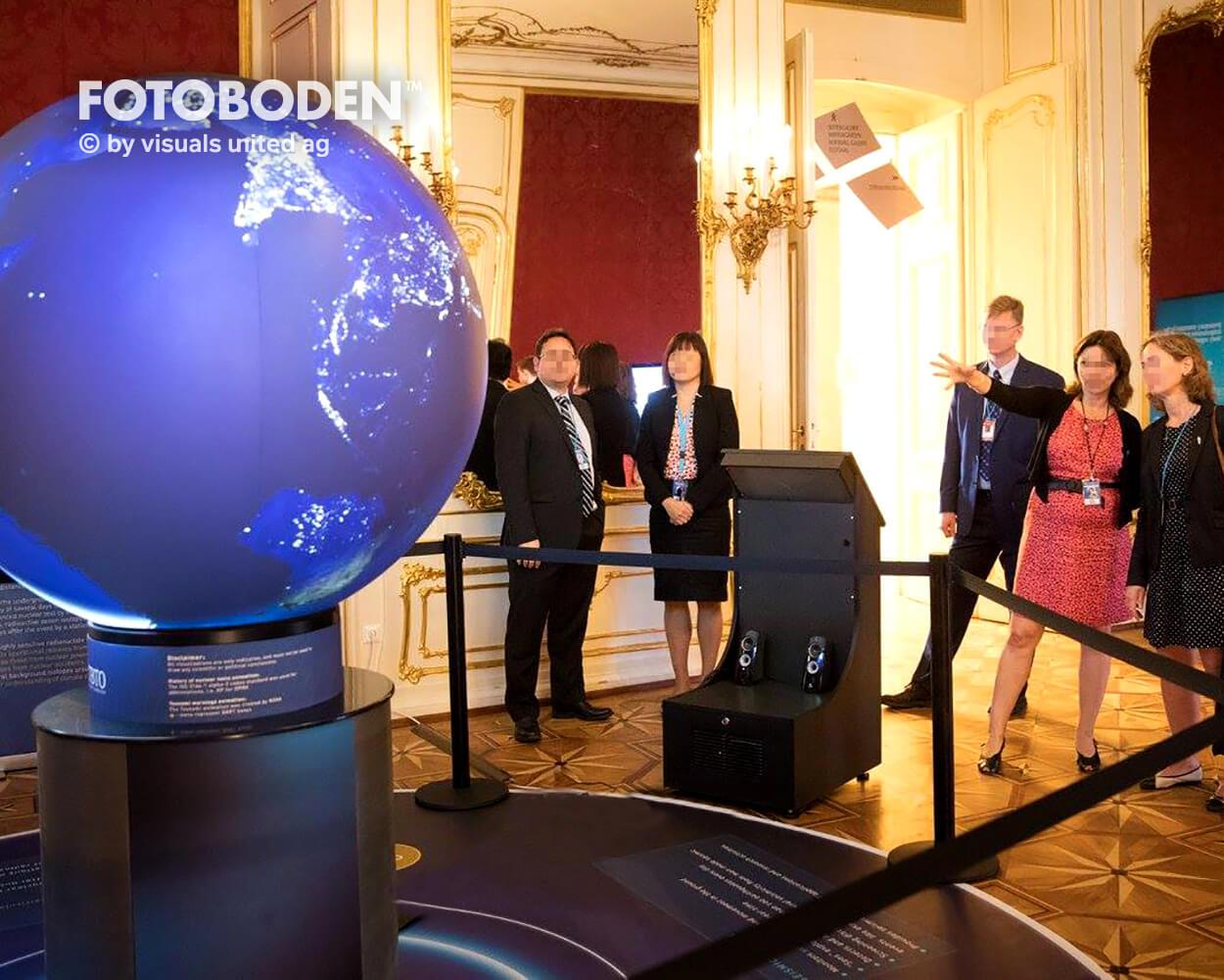 CTBTO4 Ausstellung Museum  Raumkonzept Stimmung Museumsboden Ausstellungsboden Fotoboden Vinylboden Flooring Individuell Event