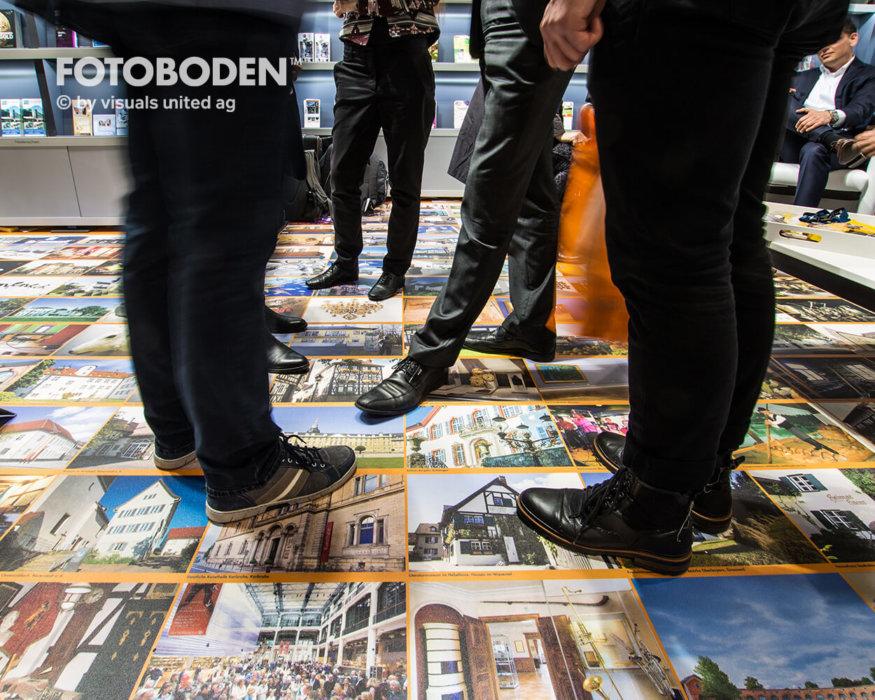 FOTOBODEN™ Messeboden Personalisierte Fußmatte