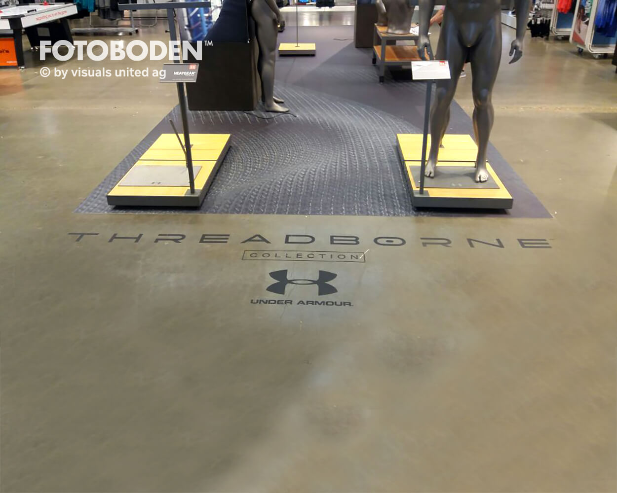 Underarmour4 Fotoboden Flooring Fußboden Bodengestaltung Floorminder Bodendruck Werbung Fußbodenwerbung Bodenwerbung Merchandising Advertising Visualmerchandising