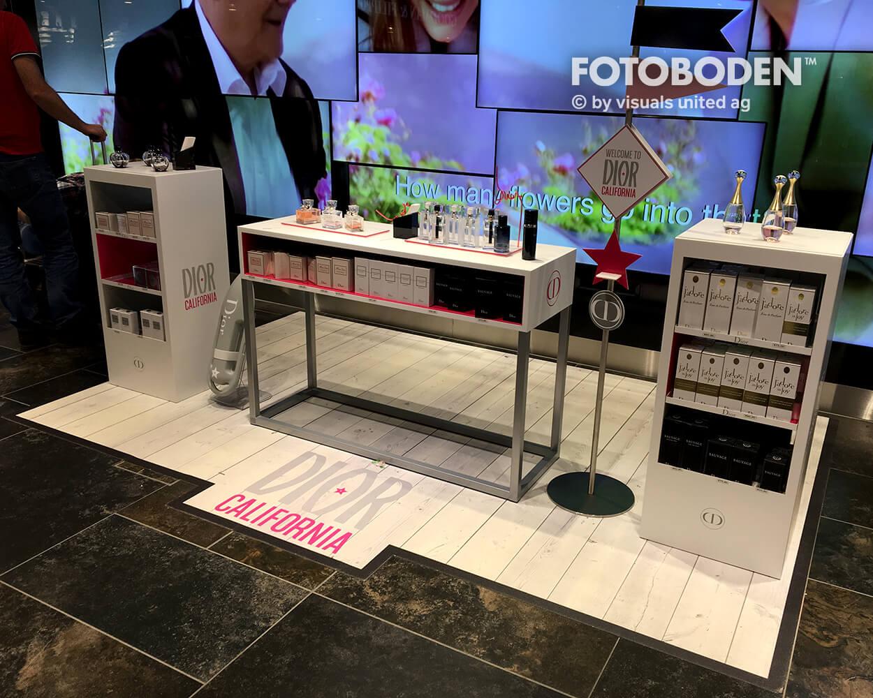 Dior Fotoboden Flooring Fußboden Bodengestaltung Floorminder Bodendruck Werbung Fußbodenwerbung Bodenwerbung Merchandising Advertising Visualmerchandising2