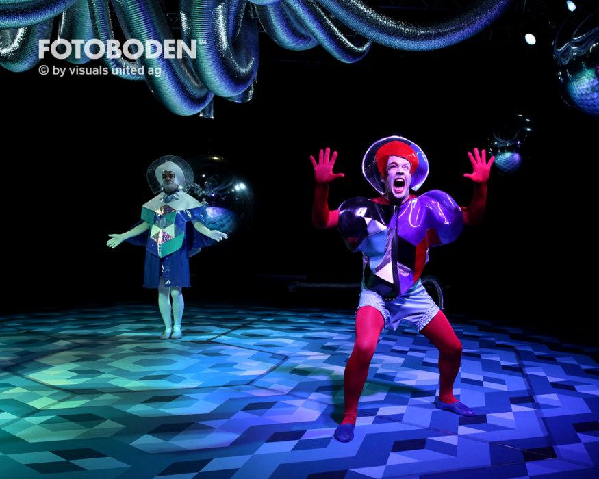 Fotoboden Theater Bühnenbau Showroom