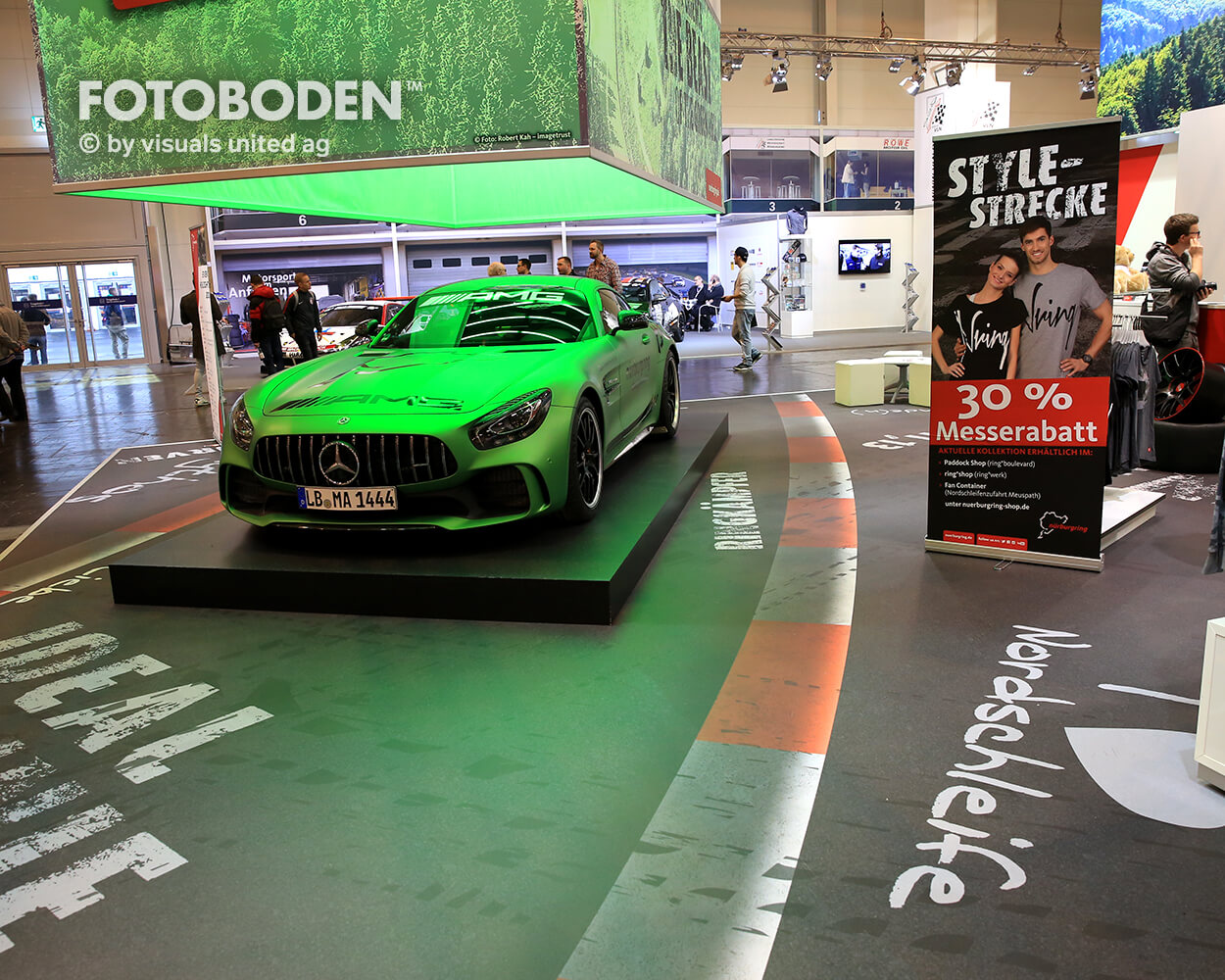 Motorshow Essen Fotoboden Messeboden Tradeshow Flooring Bodengestaltung Messe Bodendesign Messedesign Design Boden Messegestaltung4