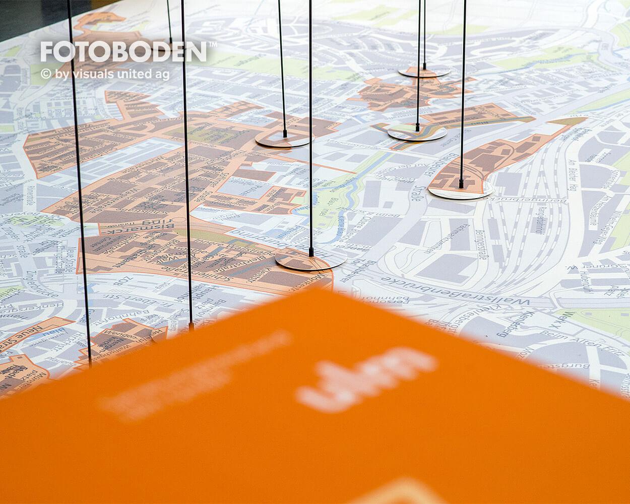 Sparkasse Ulm Ausstellung Museum  Raumkonzept Stimmung Museumsboden Ausstellungsboden Fotoboden Vinylboden Flooring Individuell Event2