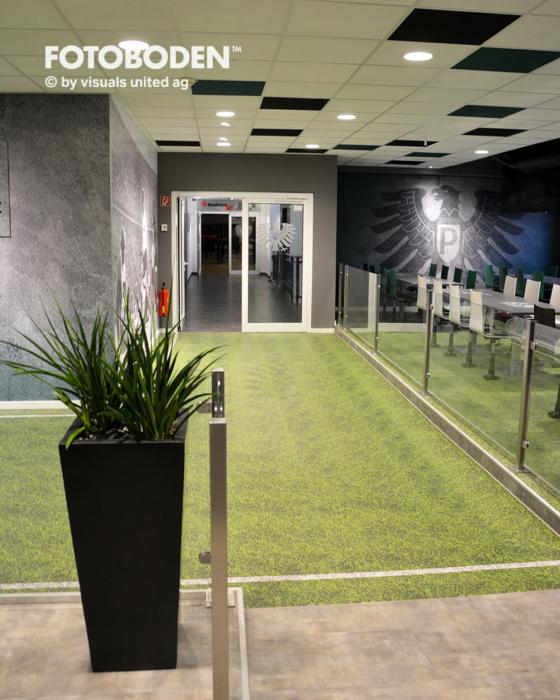 FOTOBODEN™ Sportplatz Objektboden Designboden Raumgestaltung