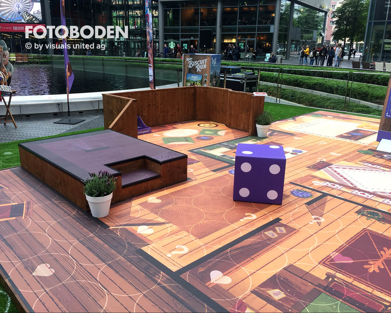 Ladenbau Outdoor Kinderspielplatz Fotoboden