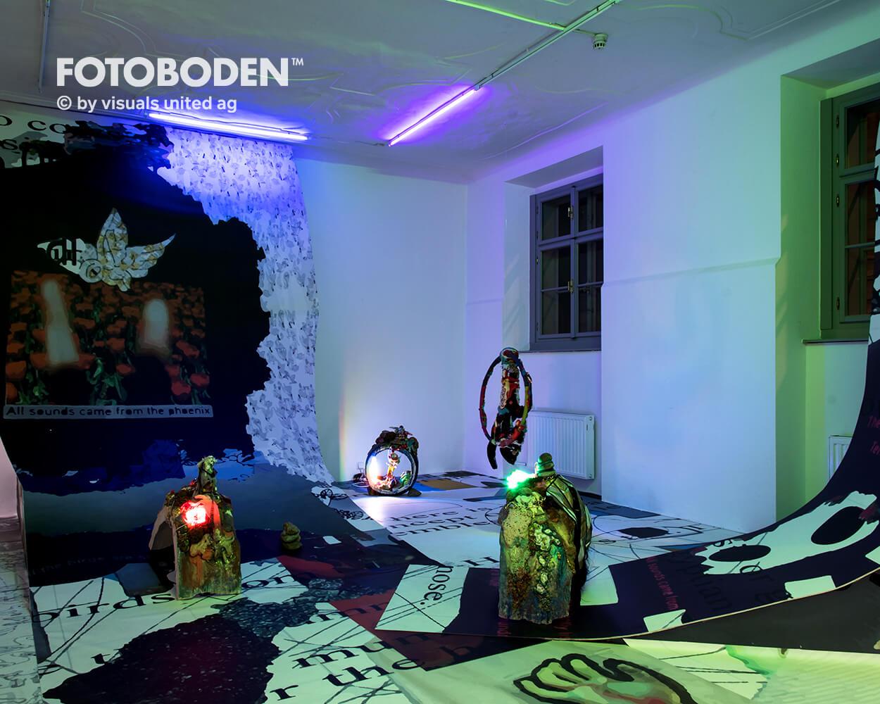 Ausstellung Museum Raumkonzept FOTOBODEN™ Vinylboden