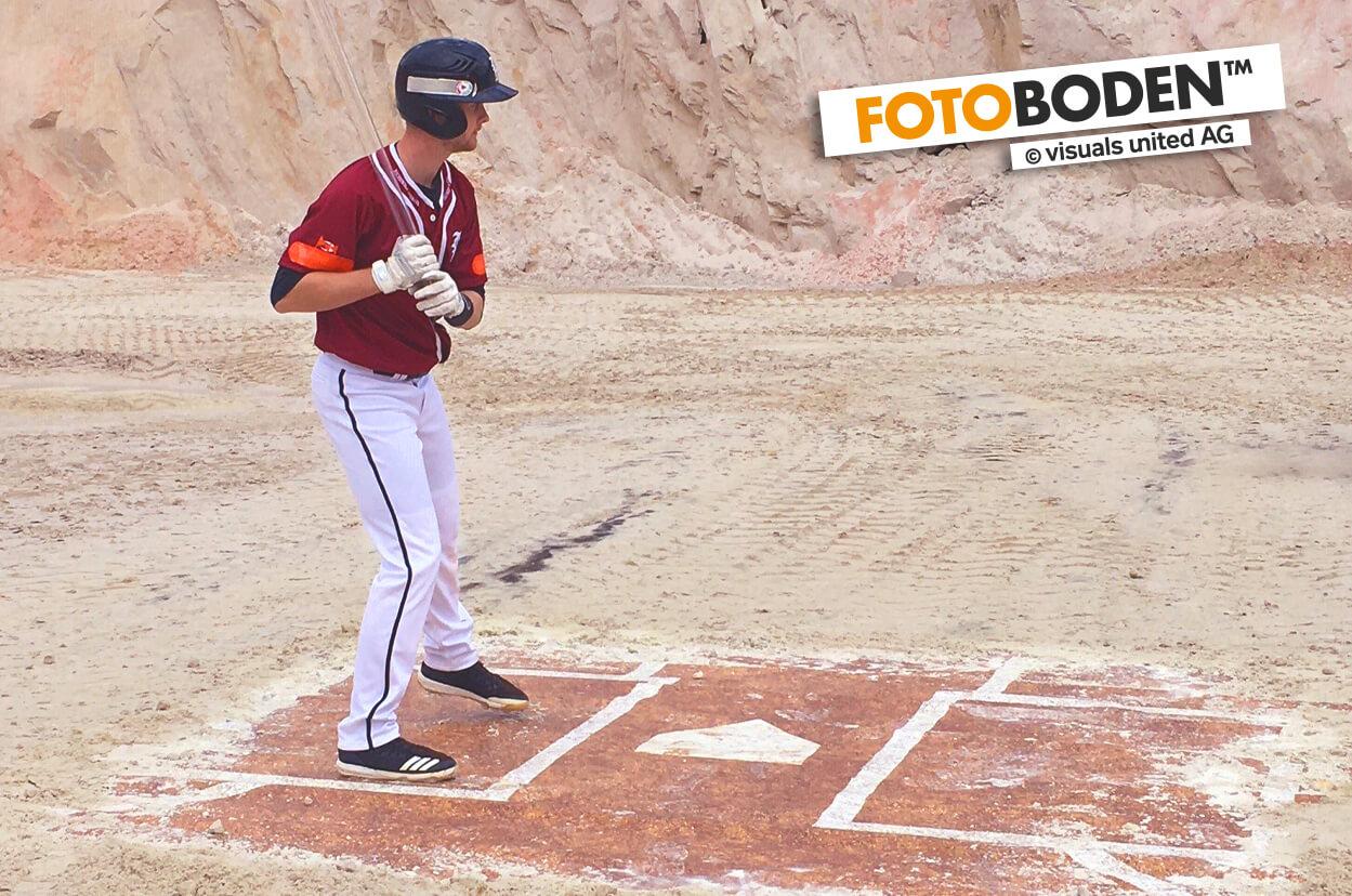 Betters Box auf FOTOBODEN™ gedruckt, für Filmdreh im Steinbruch.