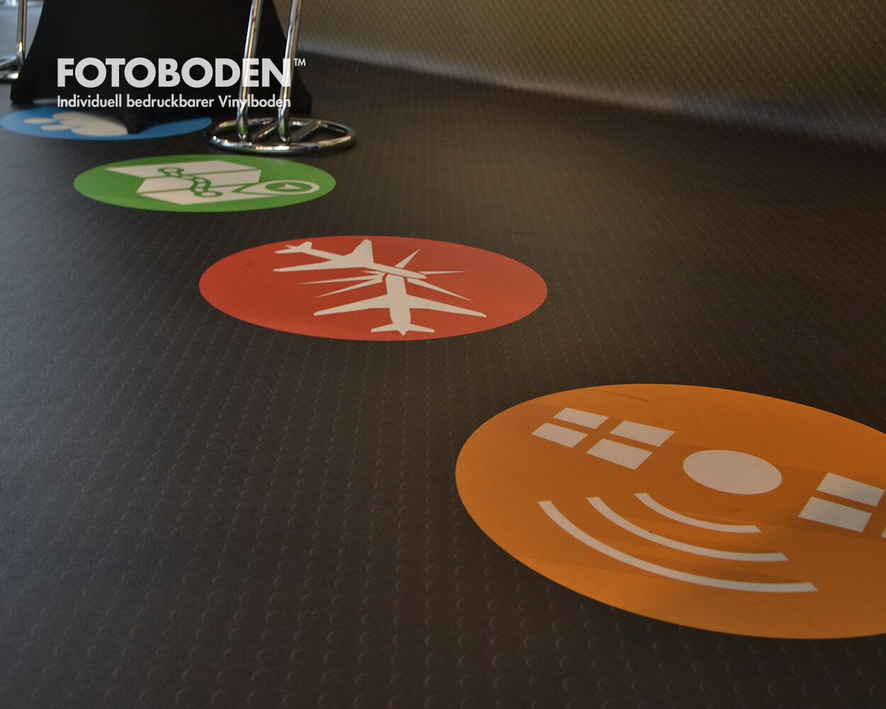 Bodenaufkleber Floor graphics Bodengestaltung