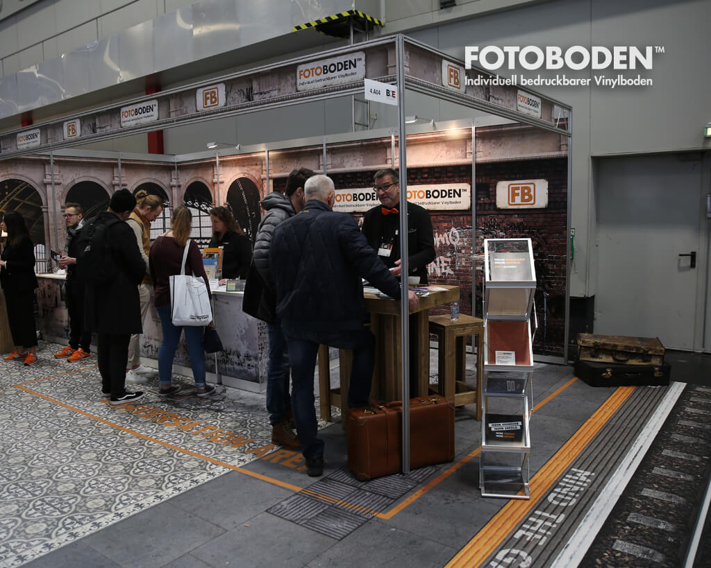 FOTOTBODEN Messestand Design