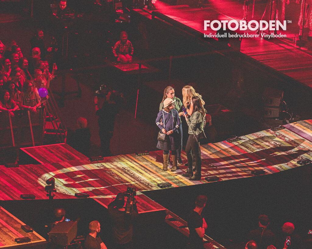 Sarah Conner Konzert Bühnenboden gestaltung mit FOTOBODEN