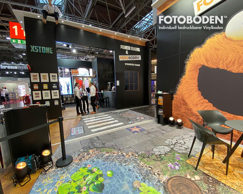 FOTOBODEN™ Messestand Euroshop 2020 Bedruckter Messeboden