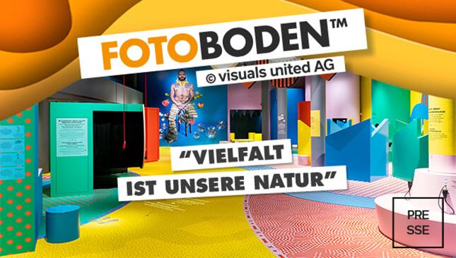 Ausstellungsraum Mit FOTOBODEN™ - Bunte Flächen, ganzheitliche Raumgestaltung